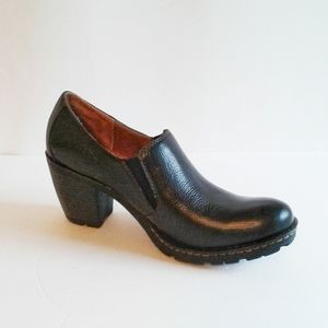 B.o.c. Born Concepts Leather Booties Size 8